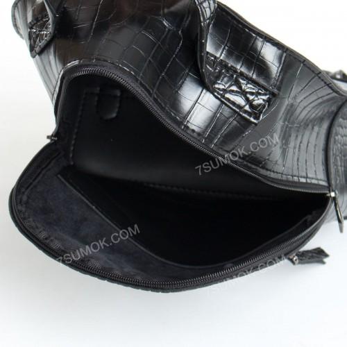 Жіночий рюкзак R021 black-crocodile